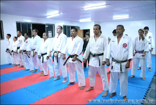 Academia Simões - Escola de campeões
