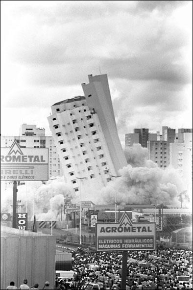Queda do Edifício Itália e implosão das torres Portugal e Espanha