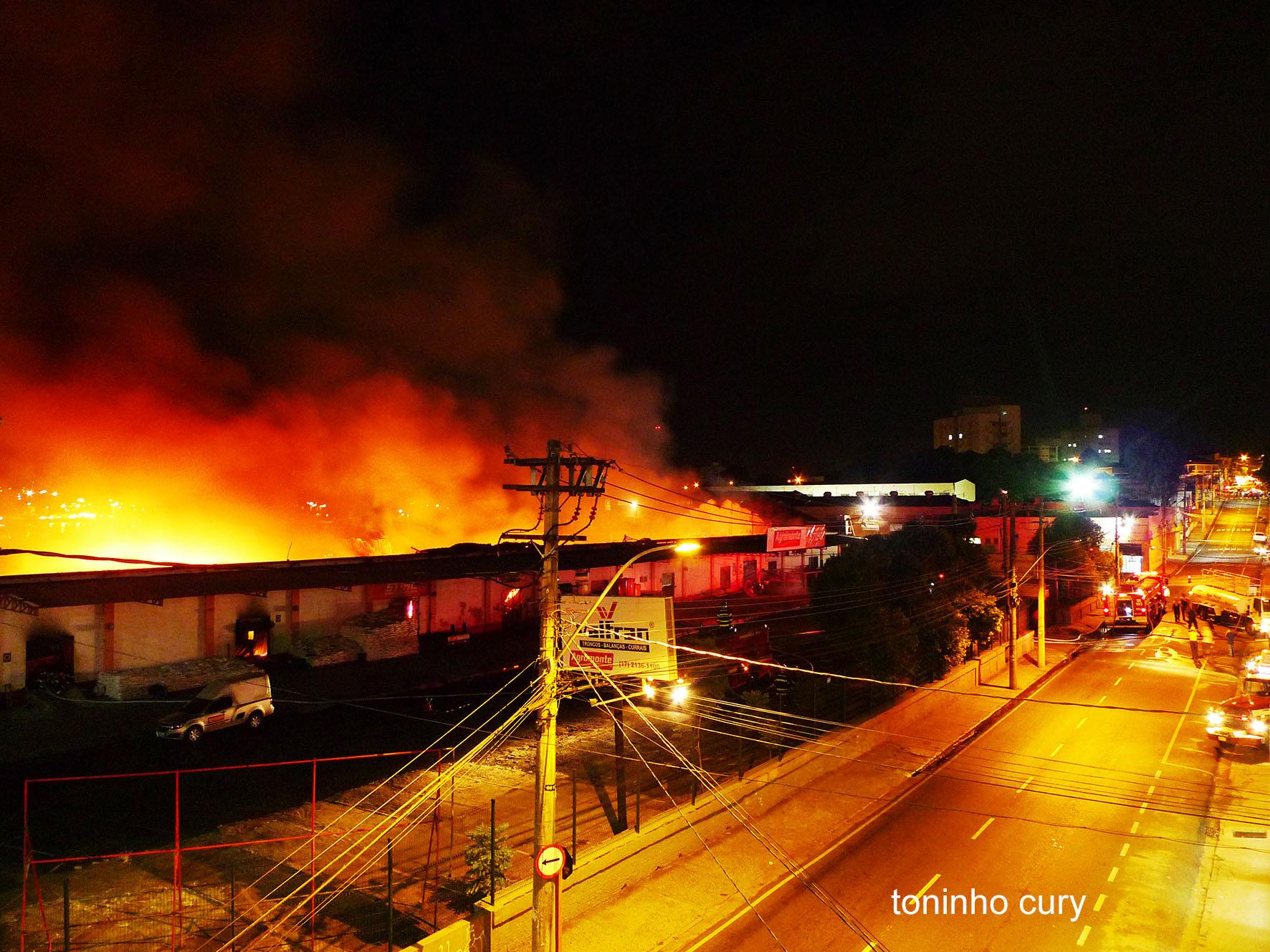 Agromonte e a história material da ferrovia em chamas