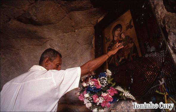 'Oração'. Bom Jesus da Lapa/BA. (Foto: Toninho Cury)