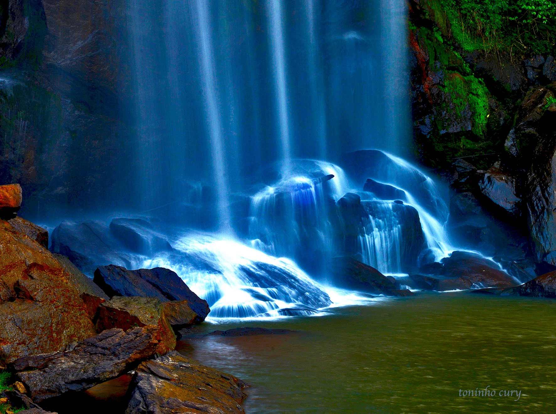 Cachoeira Grande - Lagoinha/SP. (Foto: Toninho Cury)
