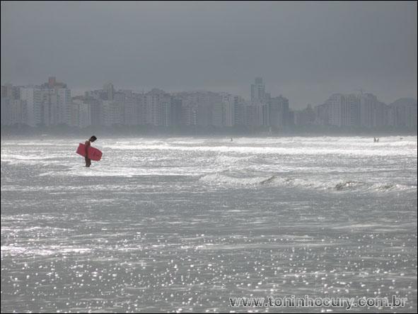 Uma das belas praias de Santos. (Foto: Toninho Cury)